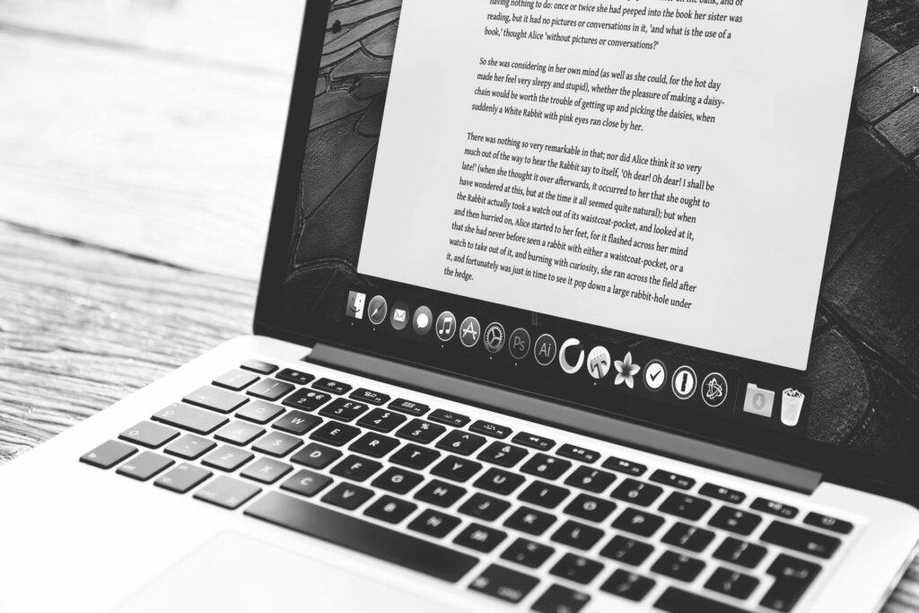 artikelen schrijven voor geld is waarschijnlijk de meest rechtstreekse manier om schrijvend je geld te verdienen